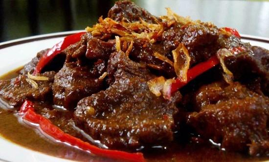 8 Resep Makanan Pedas, Cocok Dinikmati Saat Hujan